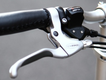 AGOGS SilverGo - brake lever and shifter with 8 gears.