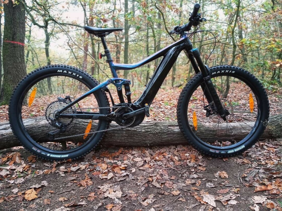 "GIANT TRANCE E+ 2 PRO 27,5"" 2020 - mountain e-bike - central motor Yamaha"