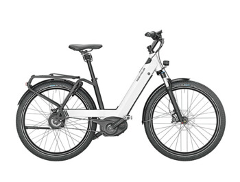 Low-step urban e-bike with Bosch Performance CX central motor.