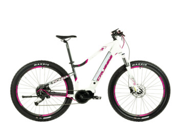 Well-equipped and well-crafted women's mountain e-bike with a very nice design. With components such as a powerful Bafang electric motor, a powerful 630 Wh battery, Shimano brakes or a Suntour fork, you can enjoy unrestrained off-road driving.