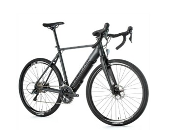 "Very stable 28"" GRAVEL e-bike. Very light road e-bike with a smooth rise in power. Equipped with a central drive system hidden in the frame and an integrated battery with powerful Fazua cells."